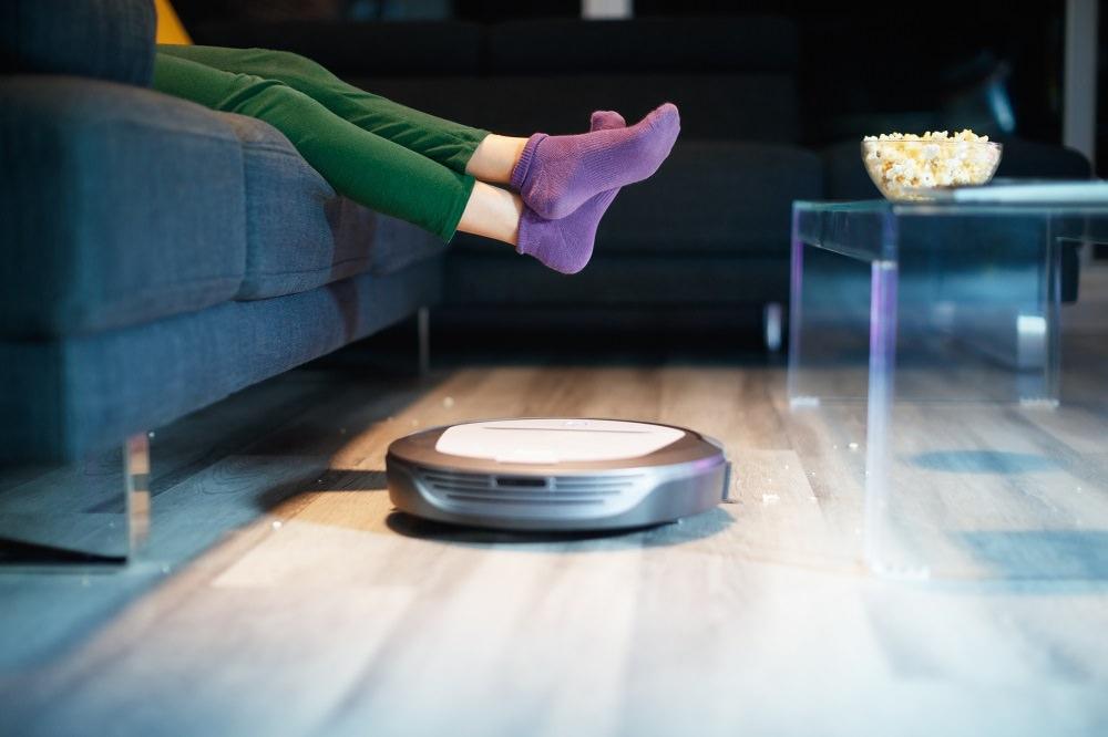 Modern Evlerin Evcil Hayvanı Robot Süpürge